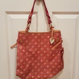 Dooney & Bourke Maurizia Bag w/ Twisted Strap
